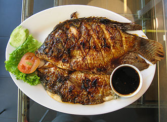 Ikan bakar - Image: Gurame bakar kecap 2