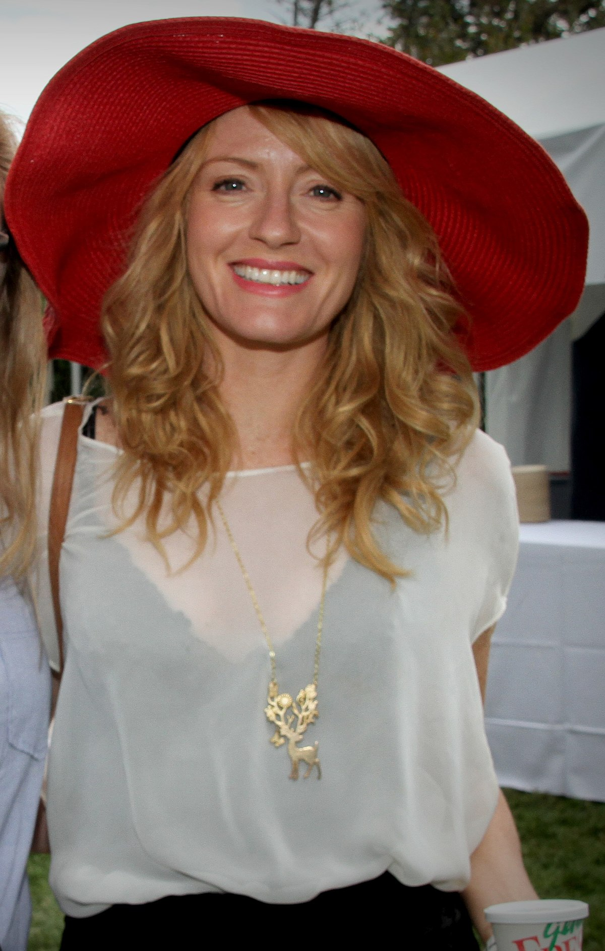 Watch Helene Joy video