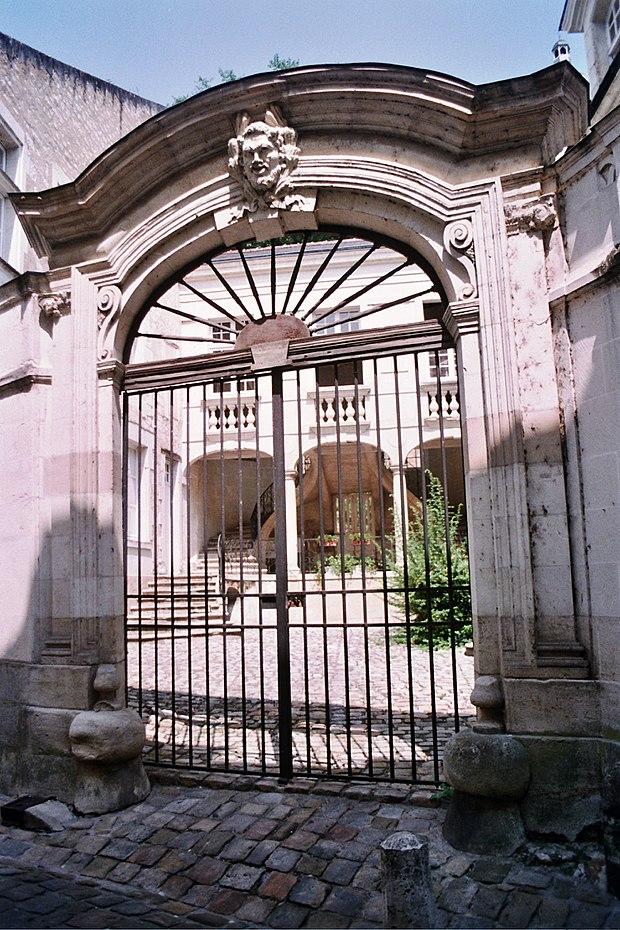 Monument historique à Chinon