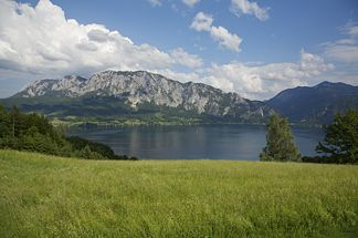 West view of the Höllengebirge (view from Unterach am Attersee)