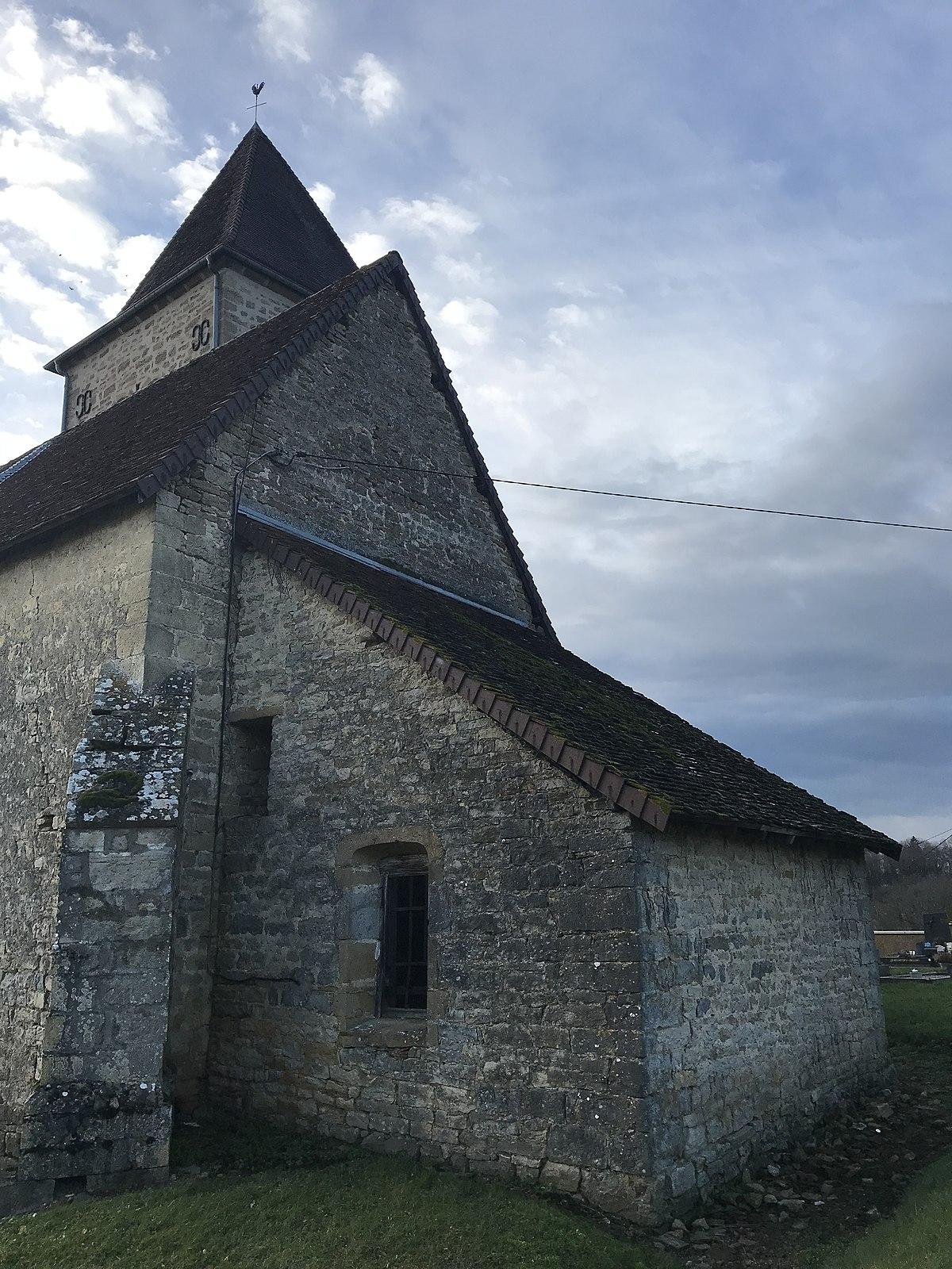 File:Hameau de Saint-Pierre sur la commune de Mathenay (Jura, France) le 6 janvier 2018 - 17.JPG ...