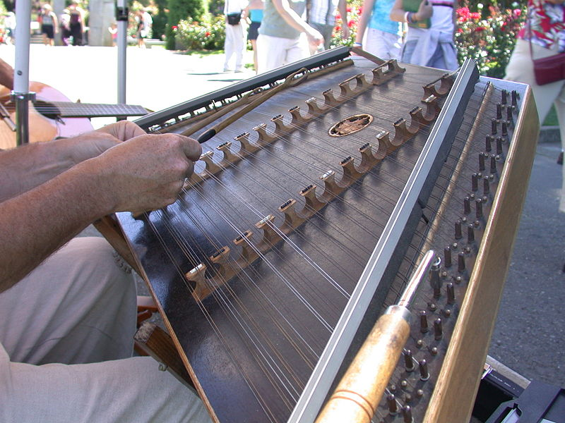 File:Hammered dulcimer.JPG