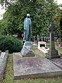 Harry Ripley monument 1.jpg
