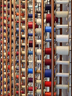 Haslach an der Mühl - Textiles Zentrum Haslach - 26 - Garnrollen.jpg