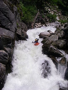 Whitewater kayaking - Wikipedia, the free encyclopedia