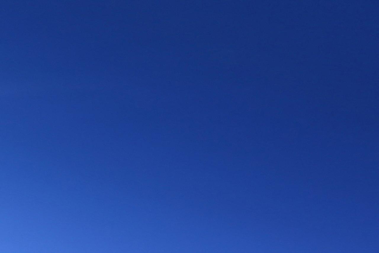 1280px-Himmelsblau.jpg