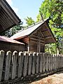 Honden of Ise-oomikami shrine Shimonomiya.JPG