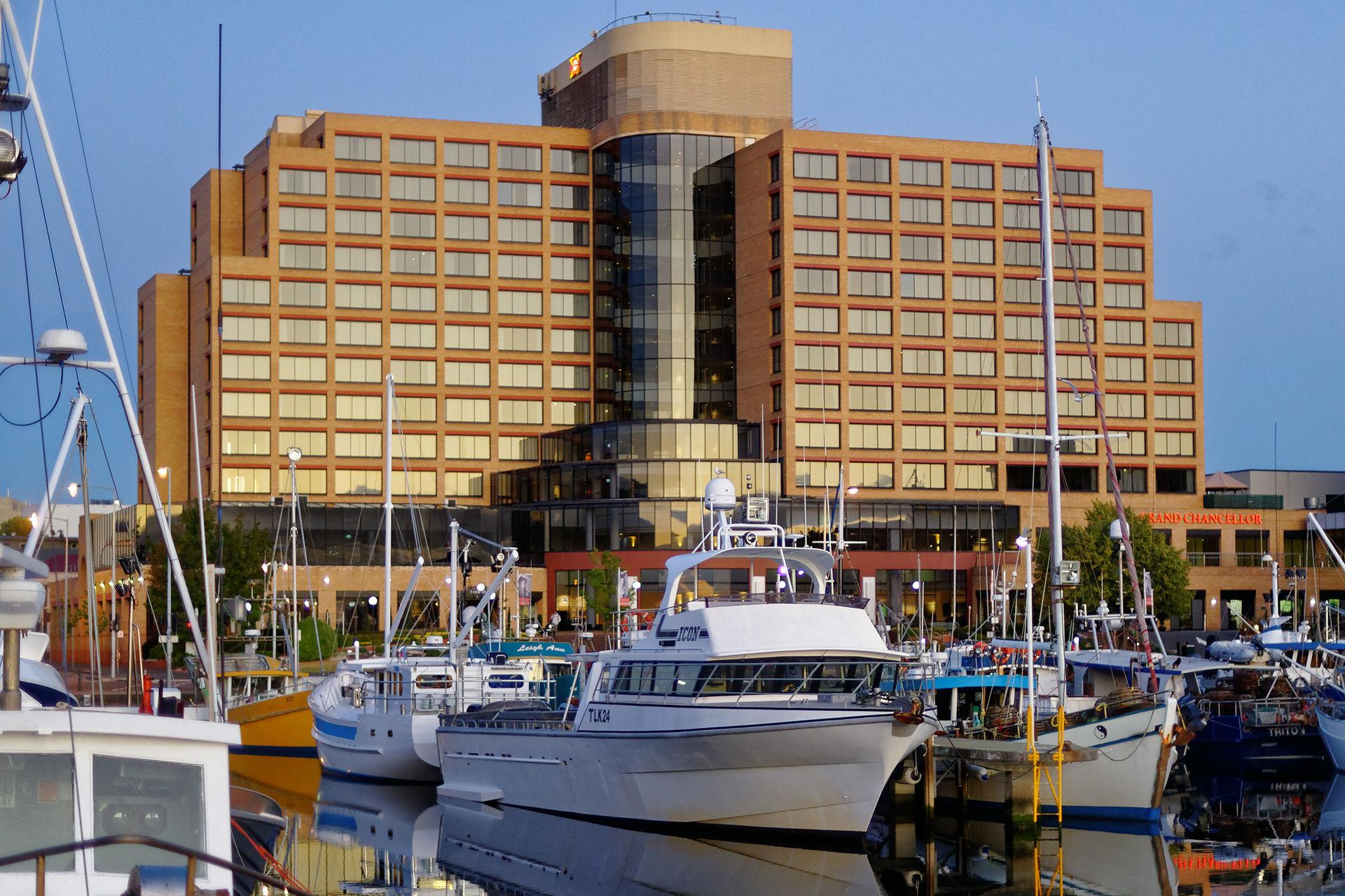 Hotel Grand Chancellor Adelaide Restaurant
