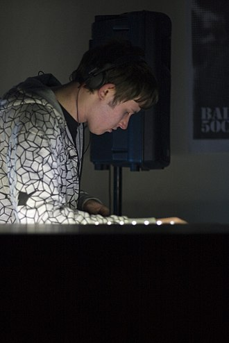 Hudson Mohawke - Mohawke performing in Glasgow in 2009.