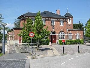 Humlebæk station - Front facade of Humlebæk Station