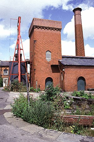Hydraulic power network - The pumping station and hydraulic accumulator at Bristol Docks