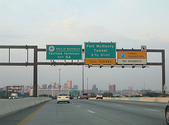 Interstate 95 in Maryland - I-95 northbound at Washington Boulevard in Baltimore