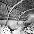 Interieur schaapskooi, rieten dakconstructie - Lunteren - 20339211 - RCE.jpg