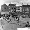 Internationaal folkloristische optocht Arnhem. Trachten-Verein Dusslingen, Duits, Bestanddeelnr 907-9240.jpg