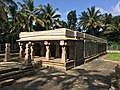Jain temple at Sultan Bathery Kerala India 06.jpg