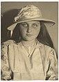Jeanne MET DP137414.jpg