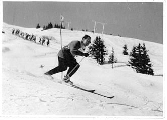 George Jellicoe, 2nd Earl Jellicoe - Jellicoe skiing in France.