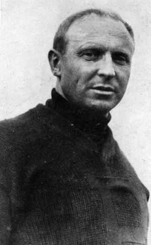Joseph H. Thompson - 1909 photo of Joe Thompson during his Pitt coaching years