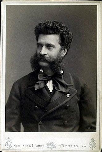 Johann Strauss II - Strauss at the beginning of his career