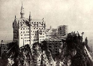 Neuschwanstein Castle - Neuschwanstein under construction: Bower still missing, Rectangular Tower under construction (photograph c. 1882–85)