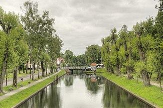 Kanal Gi%C5%BCycki i most obrotowy