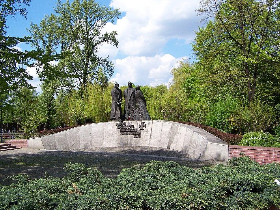 Katowice - Pomnik na pl. Andrzeja