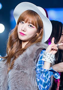 Kim Nam-joo at Girls Awards Girls Collection in Osaka, 1 November 2015 02.jpg