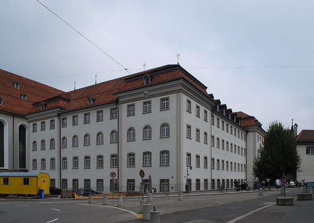 Klosterschulhaus St. Gallen.jpg