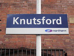 Knutsford railway station (10).JPG