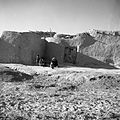 Kobiety i dzieci w wiosce - wieś Soltanieh - 000994n.jpg