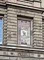 Kunstakademie Düsseldorf Mosaik Stadt Madrid, darunter Praxiteles.jpg