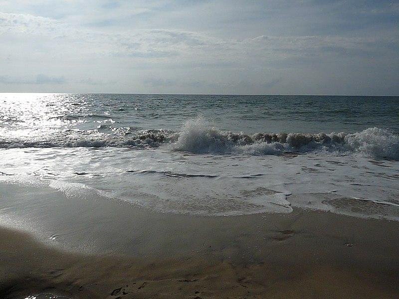 File:L'ocean - panoramio.jpg