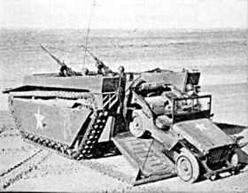 Un Landing Vehicle Tracked (LVT-4)