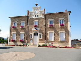 The town hall in Lachassagne