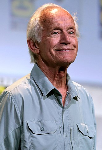 Lance Henriksen - Henriksen at the 2016 San Diego Comic-Con International.