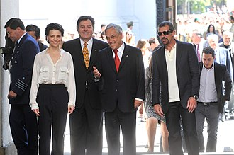 The 33 (film) - Juliette Binoche and Antonio Banderas with the former President of Chile Sebastián Piñera in La Moneda Palace, Santiago, Chile.