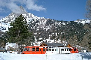Saint-Gervais–Vallorcine railway - A Z 800 trainset at Le Buet.