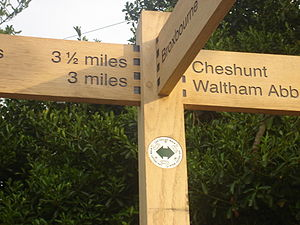 Lea Valley Walk -  Waymark on the walk