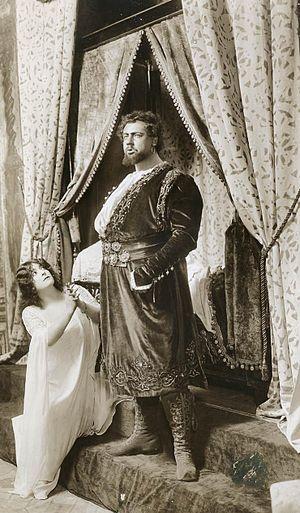 Leo Slezak - Frances Alda as Desdemona and Slezak in the title role of Verdi's Otello at the Metropolitan Opera in 1909.