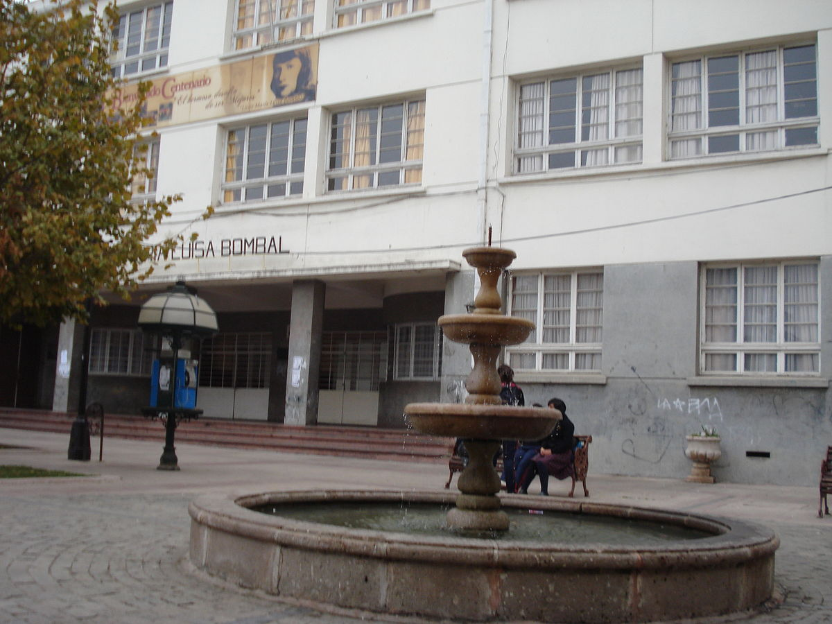 Sergio Jadue Wikipedia: Students From Liceo María Luisa Bombal Of Rancagua, Chile