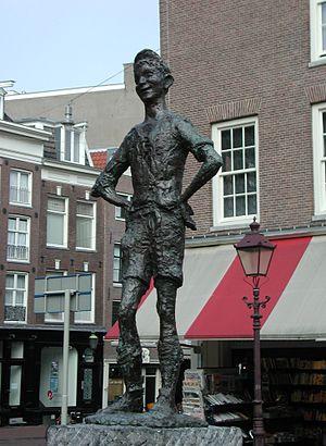 Spui (Amsterdam) - Image: Lieverdje Amsterdam