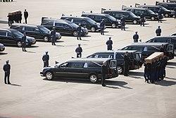 Lijkwagens opgesteld op Vliegbasis Eindhoven.jpg