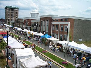 Lockport (city), New York - Image: Lockport Arts Fest on Main St