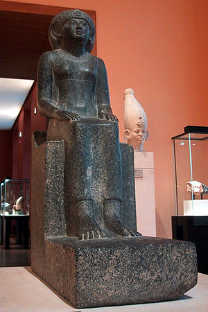 Khenemetneferhedjet I - Statue of Khenemetneferhedjet-Weret, Louvre Museum