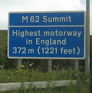 M62 motorway - M62 Summit sign