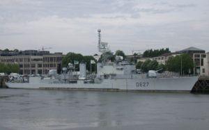 French destroyer Maillé-Brézé (D627) - Image: Maille Braize 08
