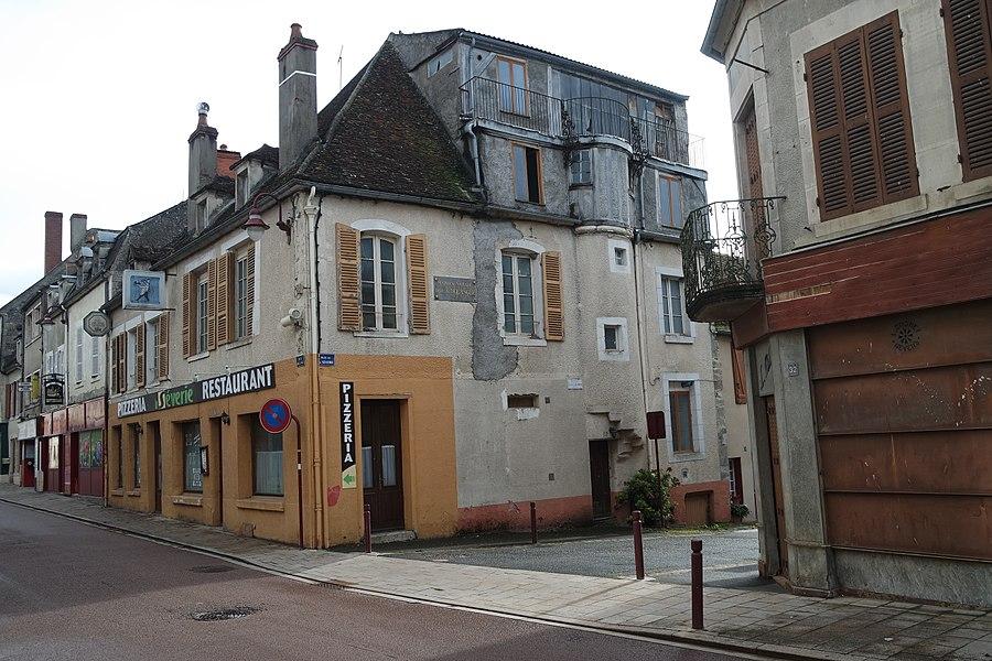 Maison natale de Claude-Alphonse Delangle, 1 rue de la Séverie à Varzy, Nièvre.