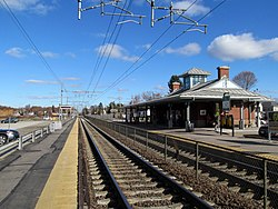 Mansfield station from southbound platform, November 2014.JPG