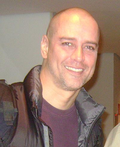 https://upload.wikimedia.org/wikipedia/commons/thumb/e/ec/Marcello_Antony.jpg/401px-Marcello_Antony.jpg