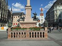 Mariensäule (Munich) (3).JPG